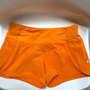 """lululemon speed up shorts 4"""" inseam size 4"""